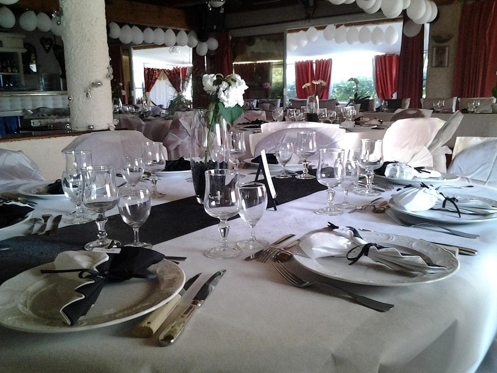 Table du restaurant l'Auberge du Pont d'Antis